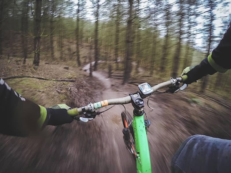 Symbolbild Mountainbike Downhill (Foto: Pixabay)