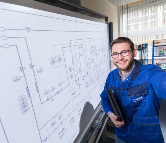 Beim Aktionstag für technische Ingenieurstudiengänge am 6. Oktober können junge Menschen erfahren, was sich hinter den dualen Studiengängen in den Bereichen Elektrotechnik und Maschinenbau bei BASF verbirgt. (Foto: BASF SE)