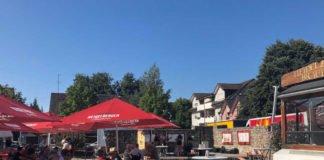 Der Wochenmarkt-Aktionstag im September bietet wieder Geselligkeit im coronakonformen Rahmen. (Foto: Stadt Sinsheim)