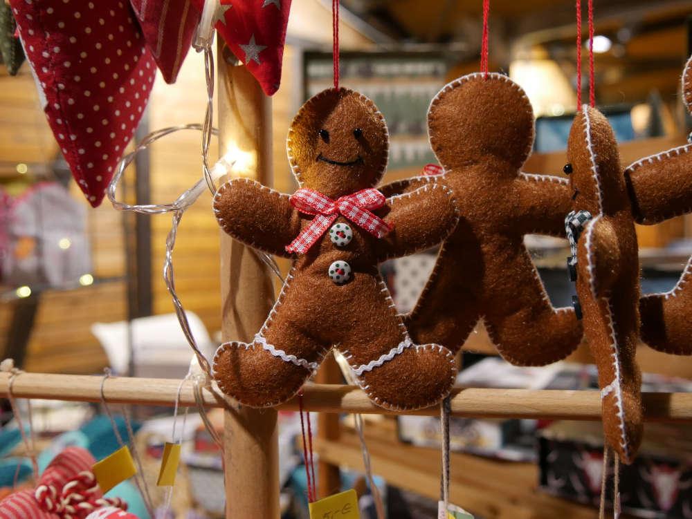 Feines Kunsthandwerk und besondere Geschenkideen werden auch dieses Jahr auf dem Christkindlesmarkt zu finden sein. (Foto: Stadt Karlsruhe/Marktamt)